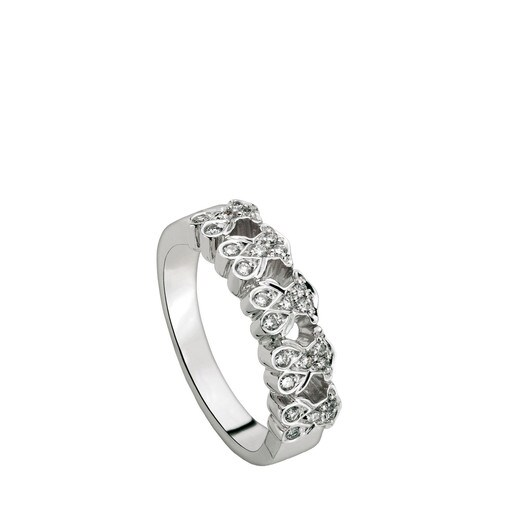 White Gold Puppies Ring with Diamond