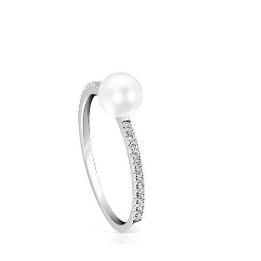 Les Classiques Ring in White gold with Diamonds and Pearl